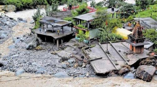 ഹിമാചൽപ്രദേശിലും കശ്മീരിലും കനത്ത മഴ: മിന്നൽ പ്രളയത്തിൽ 16 മരണം