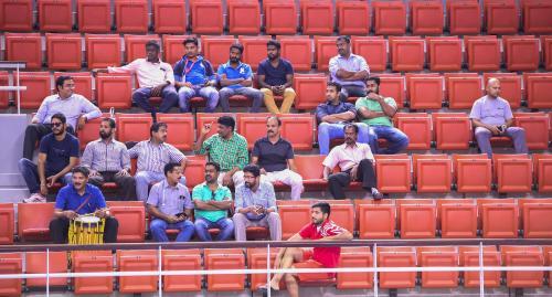 ഹയ്യാ ഹൊയ്യാ ഹയ്യയ്യാ.. ഒഴിഞ്ഞ ഗാലറിയിലും  വാദ്യഘോഷങ്ങളുമായി  മലയാളികൾ