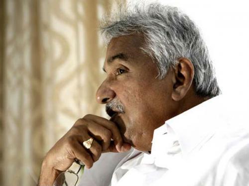 ഉമ്മൻചാണ്ടി ക്വാറന്റൈനിൽ