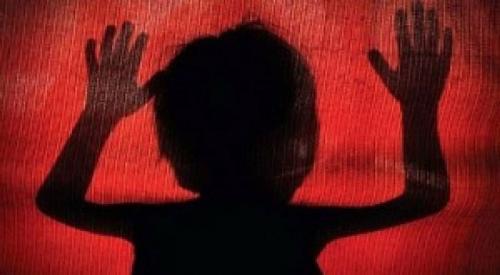 ആലുവയിൽ അമ്മയുടെ ക്രൂര മർദ്ദനമേറ്റ കുഞ്ഞ് മരിച്ചു: അമ്മ റിമാൻഡിൽ