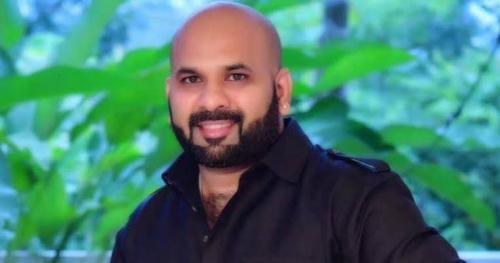 ഡിഎൻഎ പരിശോധന ഫലം വൈകും: ബിനോയ് കോടിയേരിയുടെ ഹര്ജി രണ്ടുവര്ഷത്തേക്ക് നീട്ടിവച്ചു