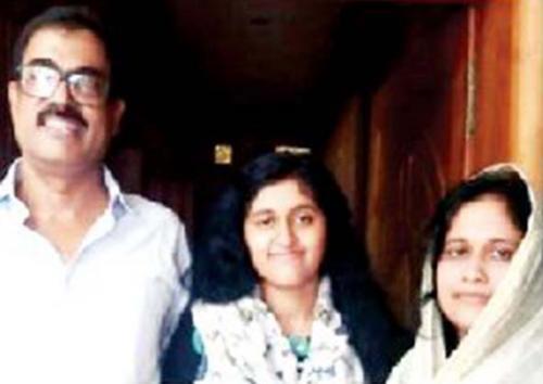 ഐ.ഐ.ടിയില് ആത്മഹത്യ ചെയ്ത ഫാത്തിമയുടെ കുടുംബം ചെന്നൈയിൽ: തമിഴ്നാട് മുഖ്യമന്ത്രിക്കും ഡിജിപിക്കും പരാതി നല്കും